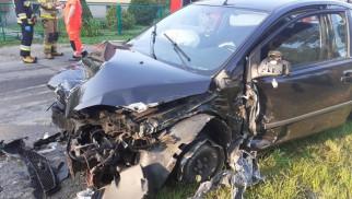 19-latek zasnął za kierownicą – FOTO