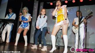 ABBA Show wystąpi dzisiaj w Przeciszowie – FILM