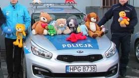 Akcja Teddy Bear Toss - maskotki od Unii Oświęcim trafią do pokrzywdzonych dzieci