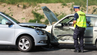 Aktualizacja: Dwie kobiety poszkodowane w zdarzeniu na DK44 w Przeciszowie. ZDJĘCIA!