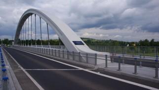 CHEŁMEK. Most na Przemszy zamknięty dla ciężarówek