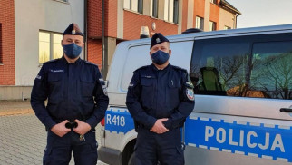 Dwaj policjanci z powiatu oświęcimskiego uratowali seniora
