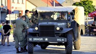 KĘTY. Pokaz pojazdów militarnych w sercu miasta