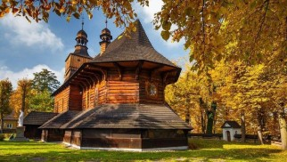 Kościół pw. św. Marcina w Jawiszowicach na trasie 'Szlaku architektury drewnianej' - InfoBrzeszcze.pl
