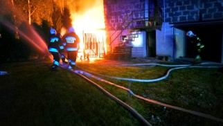 Nocny pożar budynku gospodarczego w Przeciszowie – ZDJĘCIA!