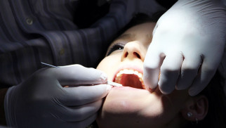 Opieka stomatologiczna a cukrzyca – co trzeba wiedzieć ?