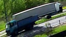 Oświęcim. Policjanci odnaleźli kierowcę ciężarówki, który na rondzie potrącił rowerzystkę