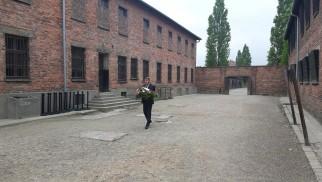OŚWIĘCIM. Prezydent upamiętnił więźniów z pierwszego transportu do Auschwitz