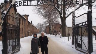OŚWIĘCIM. Urodzona w KL Auschwitz