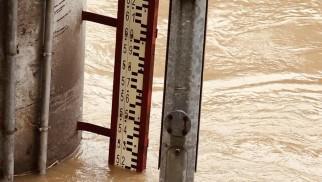 Ponad pięć metrów wody w Sole. Alarm powodziowy w Oświęcimiu – FOTO