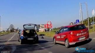 Potrąciła samochodem motorowerzystę – FOTO