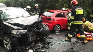 Poważny wypadek w Łękach. DW948 jest zablokowana – ZDJĘCIA!