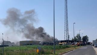 Pożar hali w Zatorze! ZDJĘCIA!
