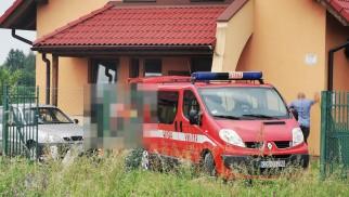 Straż Pożarna, ZRM oraz Policja walczyły o życie mężczyzny. Co wydarzyło się w Nowej Wsi ? FILM, ZDJĘCIA!