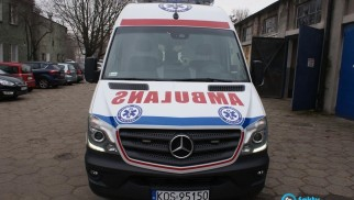 Uczeń wypadł z okna w szkole – PILNE