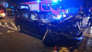 UWAGA ! Poważny wypadek z udziałem busa. Kilka osób poszkodowanych.ZDJECIA!