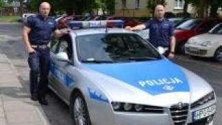 """Zator. Patrol  """"Aniołów Stróżów"""" ratował życie rowerzysty z Ukrainy"""
