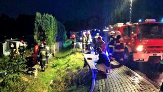 Zdarzenie drogowe na ulicy Ofiar Oświęcimia w Brzeszczach- 3 osoby trafiły do szpitala - InfoBrzeszcze.pl