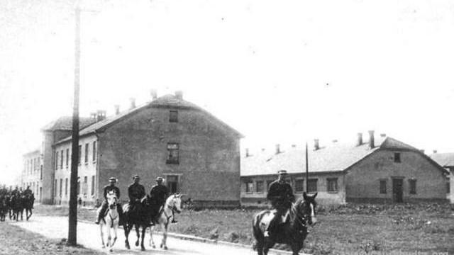 80 lat temu Niemcy wybrali Oświęcim na miejsce KL Auschwitz