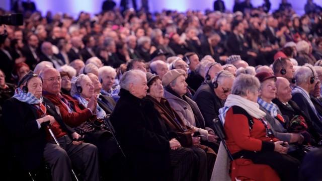AUSCHWITZ. Duża grupa ocalałych na 75. rocznicy wyzwolenia