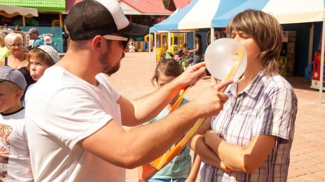 Będą dmuchać balony z gumy do żucia