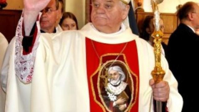 Biskup Rakoczy stracił tytuł Honorowego Obywatela Gminy Kęty