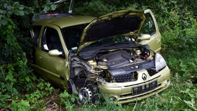 BOBREK. Na Krakowskiej zderzyły się trzy samochody. Jedna osoba trafiła do szpitala
