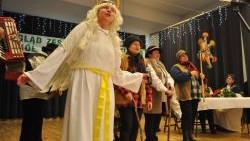 Bogactwo pieśni, zwyczajów i strojów w świątecznej oprawie