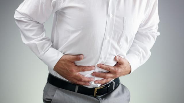 Ból brzucha – co może oznaczać, przyczyny, leczenie