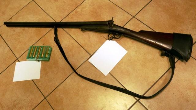 BRZESZCZE. Posiadał broń i amunicję bez pozwolenia