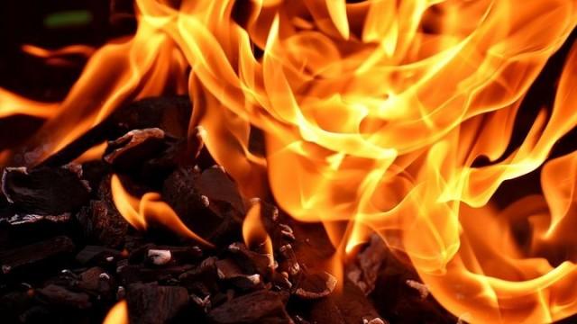 BRZESZCZE. Pożar kotłowni. Kobieta straciła przytomność