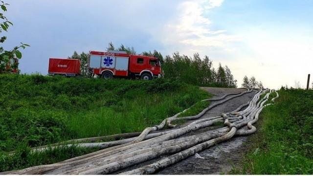 Burmistrz podziękował strażakom za udział w akcji przeciwpowodziowej - InfoBrzeszcze.pl