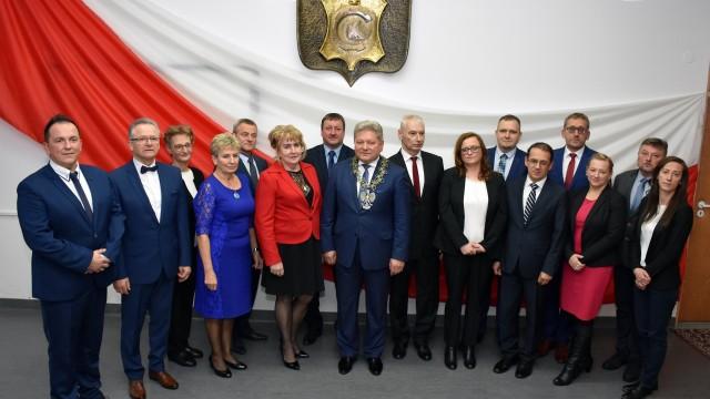 CHEŁMEK. Marek Palka przewodniczącym Rady Miejskiej. Piąta kadencja Andrzeja Saternusa