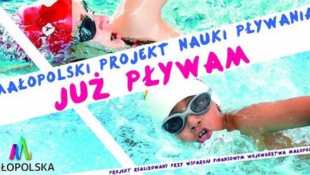 """CHEŁMEK. Najmłodsi nauczą się pływać. Trwa program """"Już pływam"""""""