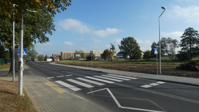 Chodnik przy ul. Turystycznej oddany do użytku - InfoBrzeszcze.pl