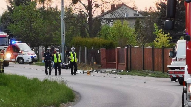Chrzanów. Motocyklista potrącił dwoje rowerzystów. Helikopter LPR w akcji  [ZDJĘCIA]