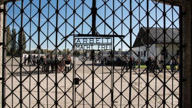 DACHAU. Kradzież bramy ''Arbeit macht frei''