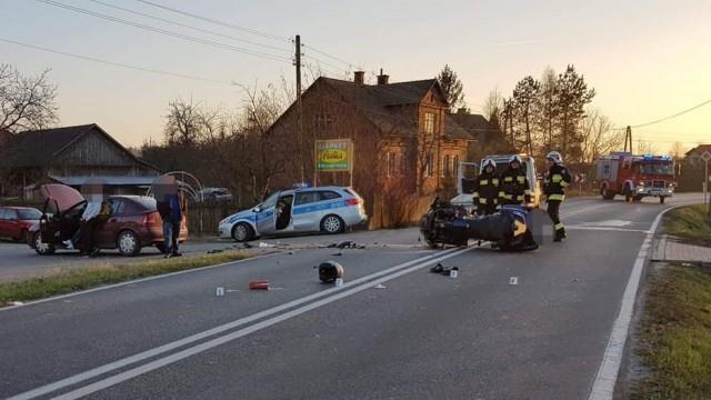 Dachowanie samochodu i wypadek motocyklisty- pracowita sobota dla brzeszczańskich służb ratowniczych - InfoBrzeszcze.pl