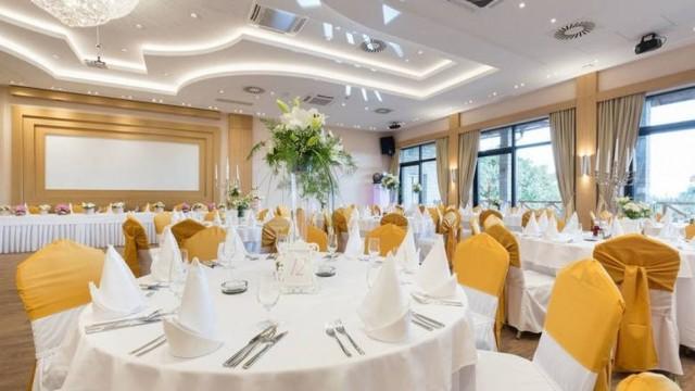 Domy weselne oskarżają się o zarażenie COVID-19. Będą pozwy
