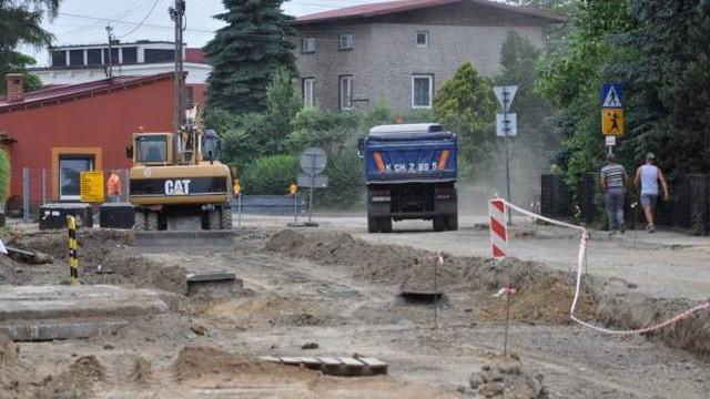 Drogowcy obiecują, że remonty ulic w Zaborzu skończą zgodnie z planem