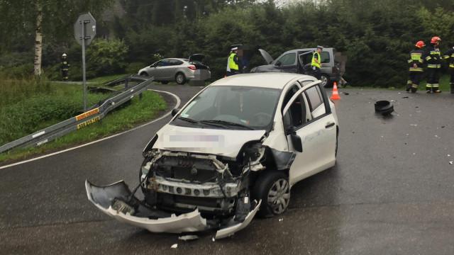 Dwa samochody zderzyły się na DW949 w Osieku.