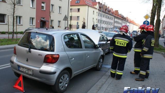 Dwa zdarzenia drogowe i dziesięć uszkodzonych pojazdów ! ZDJĘCIA !