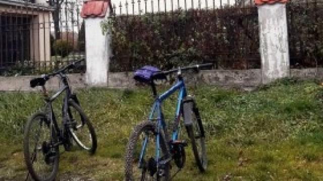 Dwaj nietrzeźwi rowerzyści zatrzymani w drodze na  pogrzeb