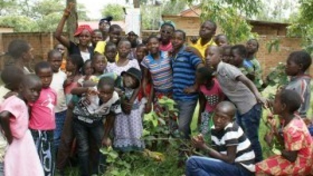 Dzieci z Bulowic pomagają swoim afrykańskim rówieśnikom