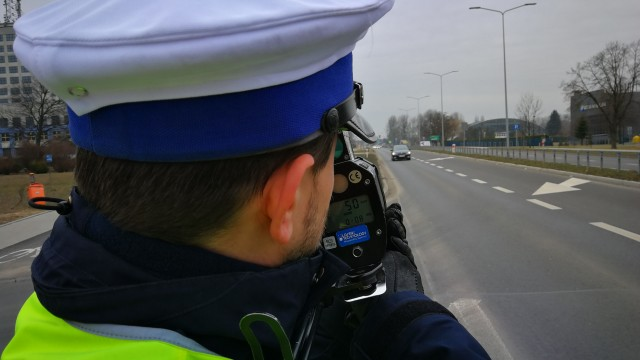 """Dziś policyjne działania kontrolno-prewencyjne pn. """"Kaskadowy pomiar prędkości"""""""