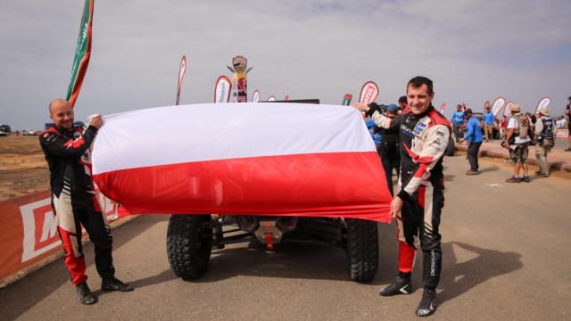 Energylandia Rally Team w pierwszej dziesiątce na mecie rajdu Dakar – FILM, FOTO