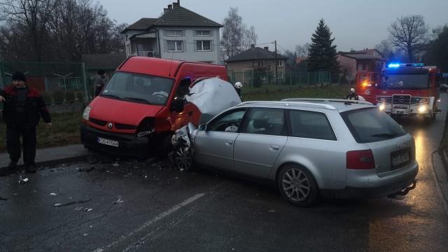 Fatalne warunki na drogach. Od rana doszło do kilku kolizji. Utrudnienia na drogach – ZDJĘCIA!