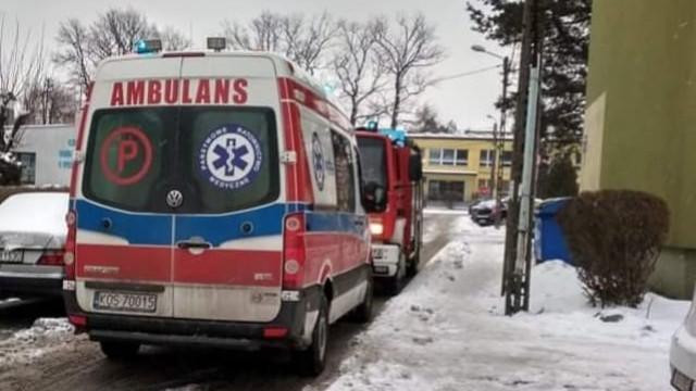 """Głos """"ratunku"""" dochodził za zamkniętych drzwi- strażacy OSP Brzeszcze udzielili niezbędnej pomocy - InfoBrzeszcze.pl"""