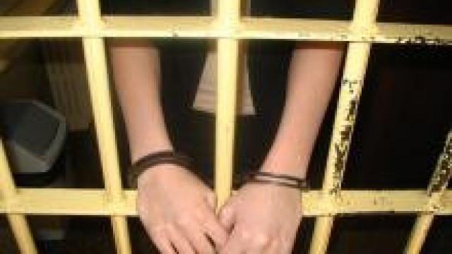 Grojec. W ręce policyjnych poszukiwaczy wpadła kobieta ścigana listem gończym