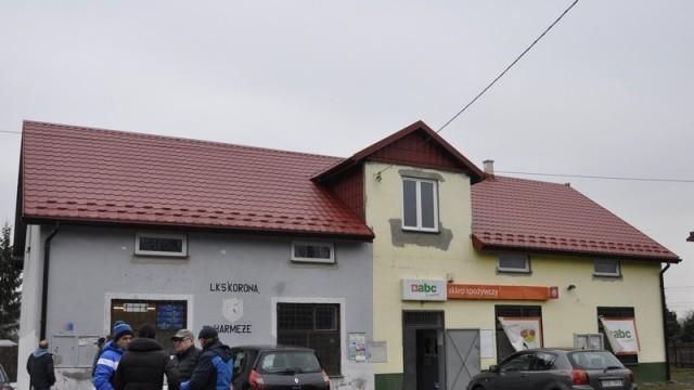HARMĘŻE. Budynek LKS Korona Harmęże częściowo wyremontowany
